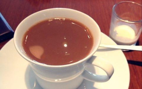珈琲と目玉焼き定食